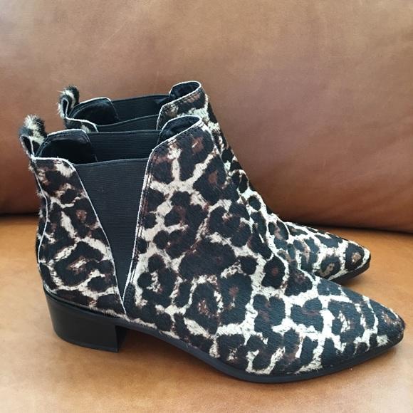 1ced0b3474b Treasure   Bond Shoes